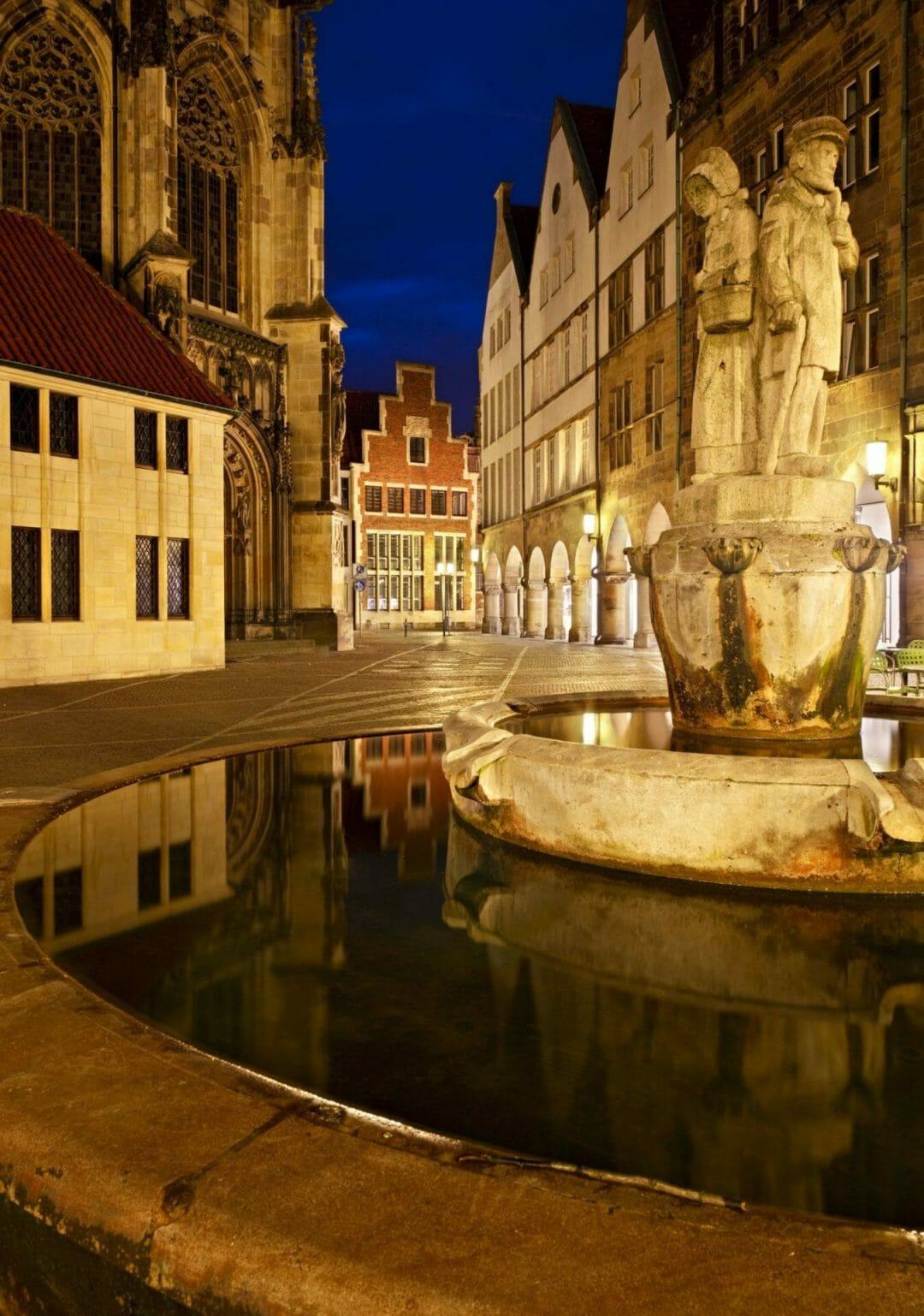 Berufsberatung in Münster - Münster Nachtbild
